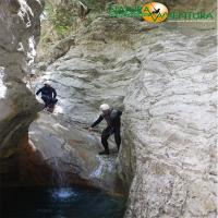 images/immagini/foto/canyoning/canyoning_forra_di_prodo_05.jpg