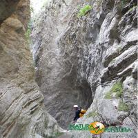 images/immagini/foto/canyoning/canyoning_roccagelli_04.jpg
