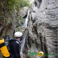 images/immagini/foto/canyoning/canyoning_roccagelli_06.jpg